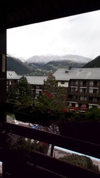 26/09/20 Snow falls on summits